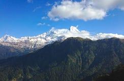 Top en bergketen Annapurna royalty-vrije stock fotografie