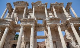 Top part of Facade of the Library of Celsus Royalty Free Stock Photos