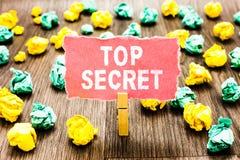 Top secret des textes d'écriture de Word Le concept d'affaires pour dire à quelqu'un des données importantes ou l'information qu' photo libre de droits