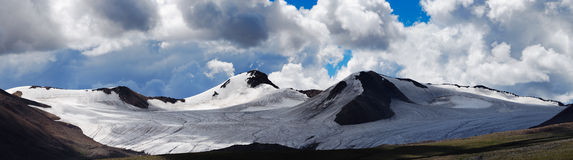 The panorama of Tanggula mountains Royalty Free Stock Image