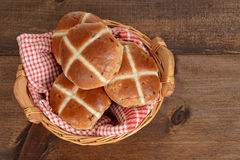 Top view hot cross buns in basket Royalty Free Stock Images