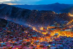 Top view night scene at Larung gar Buddhist Academy in Sichuan. China Stock Images