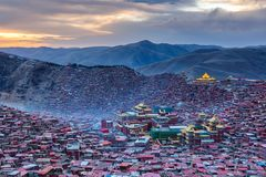 Top view sunset time at Larung gar Buddhist Academy in Sichuan. China Stock Images