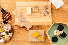 Top view of wooden worktable. With citrus, cinnamon and other natural ingredients Stock Images