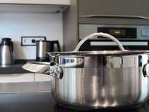 Topf oder das Kochen der Wanne kochen Lizenzfreies Stockfoto