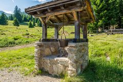 Topf Polenta Gebirgssymbol und Tiroler Südtradition Süd-Tirol, Trentino Alto Adige, Bozen, Italien Stockfotos