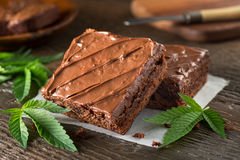 Topf-Schokoladenkuchen lizenzfreie stockfotos