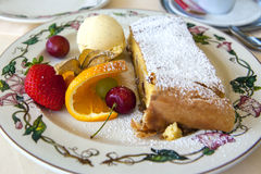 Topfenstrudel - Apfelstrudel Royalty Free Stock Photography