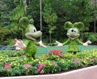 Topiaries del ratón de Mickey y de Minnie Imagen de archivo