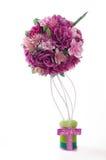 Topiary em cores cor-de-rosa no fundo branco Imagens de Stock