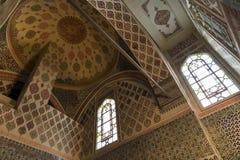 从Topkapi宫殿,伊斯坦布尔,土耳其的闺房部分的天花板细节 免版税库存照片
