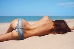 Topless beauty at the sea Royalty Free Stock Photos