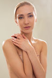 Topless vrouwelijke borstcorrectie stock foto