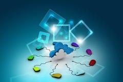 Topo del computer collegato ad una nuvola Fotografia Stock Libera da Diritti