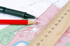 Topographische Karte des Bezirkes mit Tabellierprogramm Stockbilder