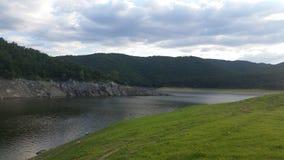 Topolnica湖, Poibrene 免版税库存照片