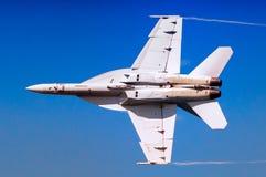 Toppen bålgeting för marin F-18 Arkivbild