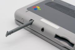 Toppen Famicom för Nintendo 3DS LL nål upplaga Portablelek vid N Arkivfoto