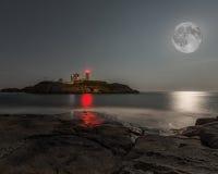 Toppen måneNubblefyr Fotografering för Bildbyråer