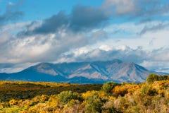 Toppig bergskedja Crestelina i Andalusia, Spanien Arkivfoton