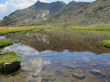 Toppig bergskedja de Guadarrama Royaltyfria Bilder