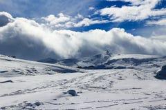 Toppig bergskedjaNevada berg Fotografering för Bildbyråer