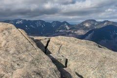 Toppmöte för Adirondack berg med sikt av det stora området royaltyfri bild