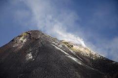 Toppmöte av monteringen Etna Arkivfoto