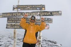 toppmöte för kilimanjaro 029 Arkivbild
