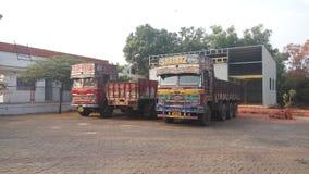 Toppna lastbilar Royaltyfri Bild