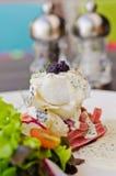 toppning för steak för kaviarfisksnow Royaltyfria Bilder