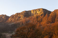 Tops del acantilado cerca de Pistyll Rhaeadr Imagen de archivo