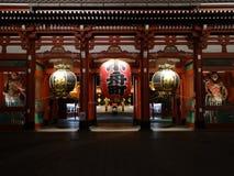 Tor Asakusa - Hozomon nachts stockfotos