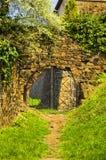 Tor in einem Stein. Lizenzfreie Stockfotografie