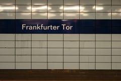 Tor för wienerkorv för gångtunnelstation fotografering för bildbyråer