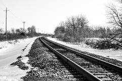 Tor Szynowy w zima krajobrazie zdjęcia royalty free