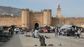 Tor zum Medina in Fes, Marokko stock footage