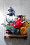 Toranjas do Natal na caixa de madeira Imagens de Stock