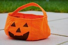 Torba dla zbierackich cukierków na Halloween zdjęcie royalty free