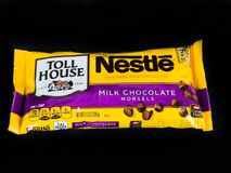 Torba Nestle Dojnej czekolady kęsy obraz royalty free