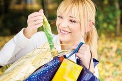 torba sprawdzać zawartość Fotografia Stock