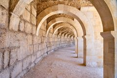 Torbogen am Amphitheatre lizenzfreies stockfoto