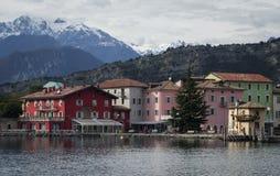 Torbole南水道加尔达,特伦托自治省女低音阿迪杰,意大利 免版税库存照片