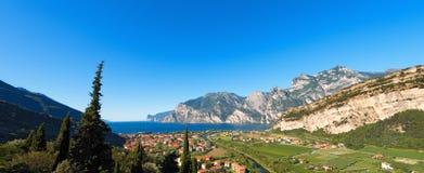 Torbole e lago garda - Trentino Italia Immagine Stock Libera da Diritti