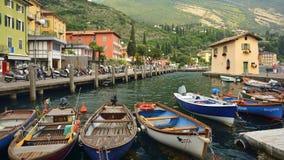Torbole - miasteczko na Jeziornym Gardzie, Włochy Fotografia Stock
