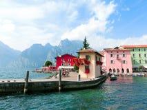 Torbole sulla polizia del lago in Italia Immagini Stock