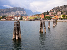 Torbole wioska na Jeziornym Gardzie, Włochy Obraz Royalty Free