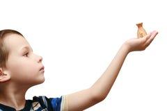 torby dziecko trzyma pieniądze obrazy royalty free