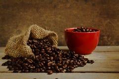 torby fasoli burlap kawa wypełniająca Obraz Stock