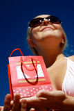 torby ręk serc teraźniejsza seksowna kobieta Fotografia Royalty Free